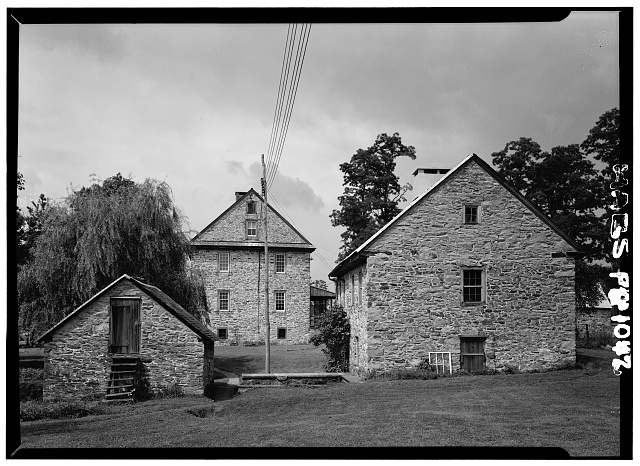 1.  Historic American Buildings Survey, Cervin Robinson, Photographer August, 1958 EAST ELEVATION SHOWING SPRING HOUSE ON THE LEFT AND SMALL KAUFMAN HOUSE ON THE RIGHT. - Kaufman House, State Route 662 vicinity (Oley Township), Oley, Berks County, PA