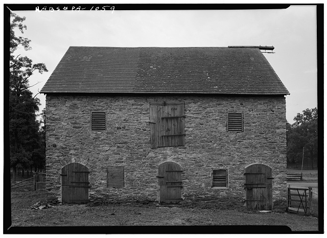 3.  Historic American Buildings Survey, Cervin Robinson, Photographer August, 1958 NORTH ELEVATION OF SOUTH BARN. - Kaufman Barns, State Route 662 vicinity (Oley Township), Oley, Berks County, PA