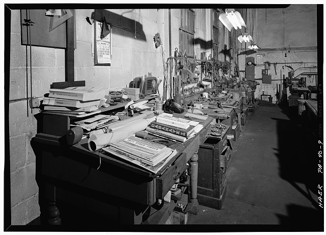9.  November 1971. RECORD-KEEPING AND PLANNING AREA. - Keyser Brothers Iron Works, 4041 Ridge Avenue, Philadelphia, Philadelphia County, PA