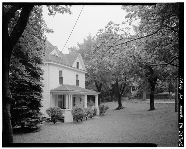 2.  PERSPECTIVE OF NORTHWEST FRONT LOOKING SOUTH - John M. & Minnie Baird House, 200 Coleridge Avenue, Altoona, Blair County, PA