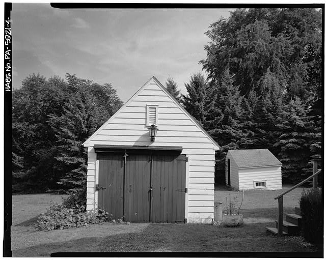 4.  FRONT VIEW OF GARAGE WITH ORIGINAL DOORS, POULTRY HOUSE IN BACKGROUND, EAST LAUREL CIRCLE, SECTION B - Town of Norvelt, Norvelt, Westmoreland County, PA