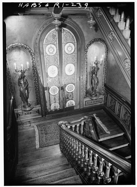 31.  Historic American Buildings Survey, Laurence E. Tilley, Photographer April, 1958 LANDING ON MAIN STAIRS. - Governor Henry Lippitt House, 199 Hope Street, Providence, Providence County, RI