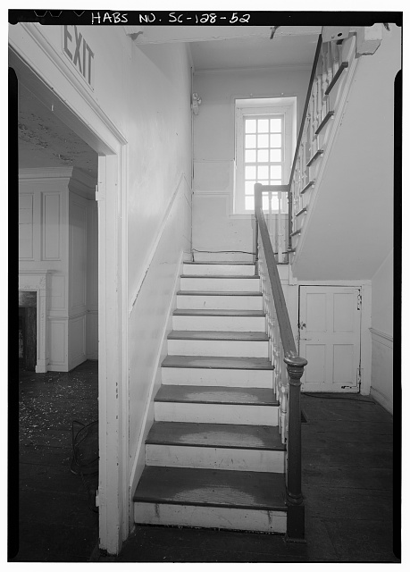 52.  INTERIOR VIEW OF WEST TENEMENT STAIR, FIRST FLOOR, LOOKING WEST - Daniel Blake Tenement, 6-8 (2-4) Courthouse Square, Charleston, Charleston County, SC