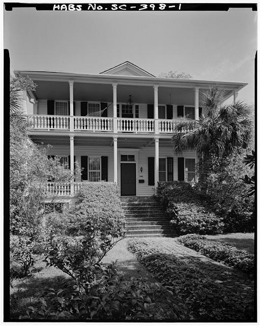 1.  GENERAL VIEW FROM SOUTHEAST - McKee-Smalls House, 511 Prince Street, Beaufort, Beaufort County, SC