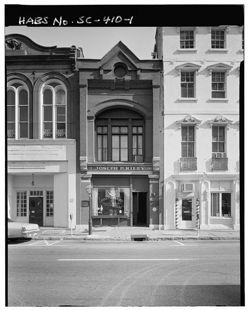 1.  GENERAL VIEW; NORTH (FRONT) ELEVATION - 13 Broad Street (Commercial Building), Charleston, Charleston County, SC