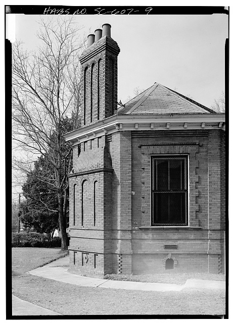 9.  SOUTH SIDE CHIMNEY, LOOKING NORTHWEST - Claflin College, Lee Library, College Avenue, Orangeburg, Orangeburg County, SC