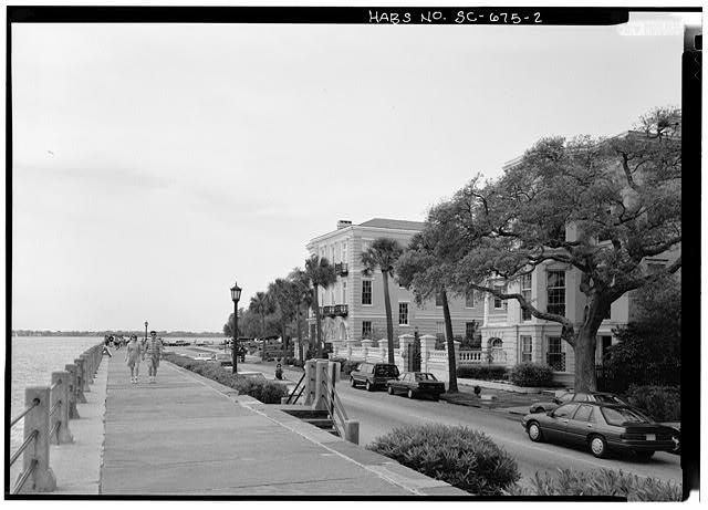 2.  GENERAL VIEW TO SOUTHWEST FROM IN FRONT OF 9 EAST BATTERY - East Battery, Charleston, Charleston County, SC