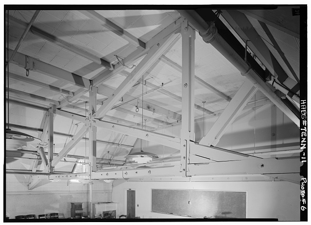 6.  Second floor central room, detail of roof truss - Vanderbilt University, Gymnasium, Twenty-third Avenue, South & West End Boulevard, Nashville, Davidson County, TN