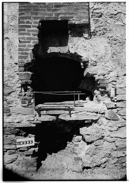 33.  Historic American Buildings Survey, Arthur W. Stewart, Photographer, September 22, 1936 SOUTH ELEVATION OF OVEN IN KITCHEN. - Mission San Jose y San Miguel de Aguayo, Mission Road, San Antonio, Bexar County, TX