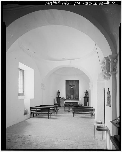 4.  INTERIOR OF CHAPEL, LOOKING WEST. NOTE DOMED CEILINGS. - Mission San Jose y San Miguel de Aguayo, Chapel, 6539 San Jose Road, San Antonio, Bexar County, TX