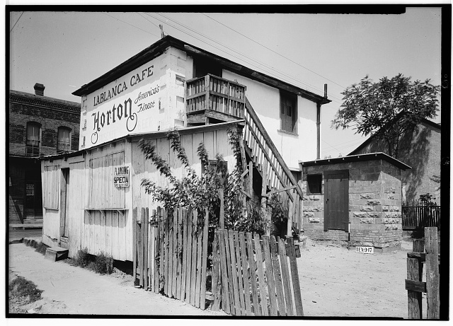 2.  Historic American Buildings Survey, Arthur W. Stewart, Photographer April 6, 1936 SOUTHEAST ELEVATION (SOUTH SIDE AND EAST REAR). - Jose Antonio Navarro Store, 232 South Laredo Street, San Antonio, Bexar County, TX