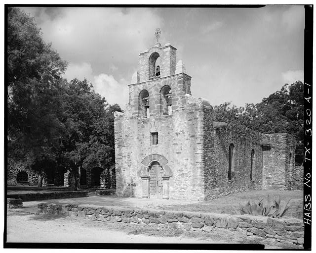 1.  GENERAL VIEW, SHOWING EAST (FRONT) AND NORTH SIDES - Mission San Francisco de la Espada, Church, Berg's Mill Community, San Antonio, Bexar County, TX