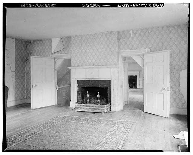 17.  INTERIOR, CENTRAL BLOCK, SECOND STORY, EAST ROOM, LOOKING EAST - Sherwood Forest, State Route 5 vicinity, Charles City, Charles City, VA