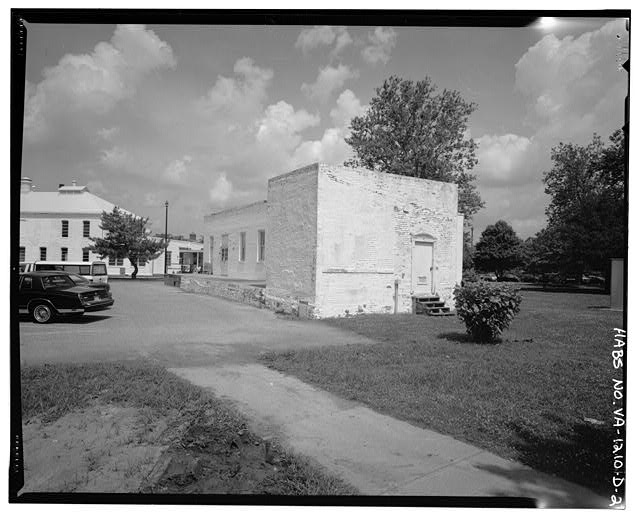 2.  View northwest, east wall and south facade - Southern Branch of the National Home for Disabled Volunteer Soldiers, Bakery, Between Harris & Black Avenues 0.1 mile west of McClellan Avenue, Hampton, Hampton, VA
