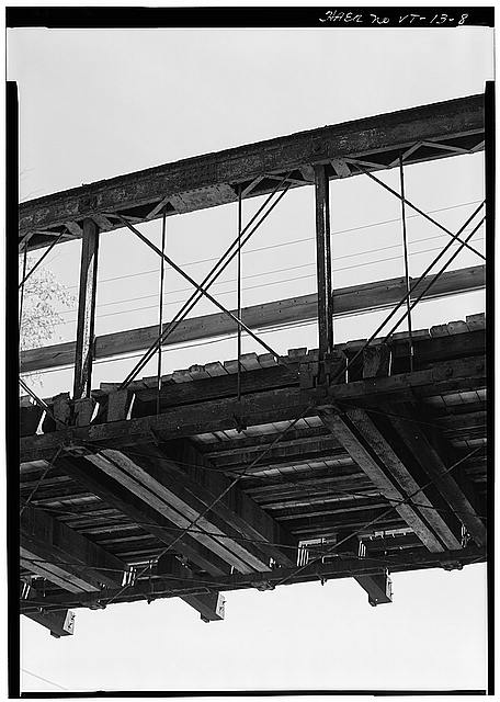 8.  DETAIL VIEW OF TOP CHORD, DIAGONALS, VERTICAL MEMBERS, BOTTOM CHORD, FLOOR BEAMS AND STRINGERS - Northfield Parker Truss Bridge, Over tracks of Central Vermont Railroad, Northfield, Washington County, VT
