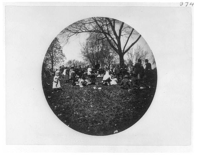 [People picnicking on White House grounds, Washington, D.C.]