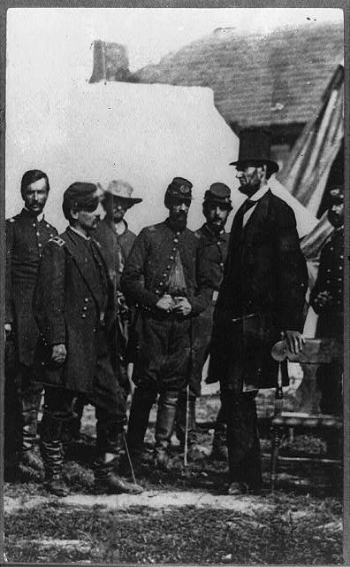 [Abraham Lincoln on battlefield at Antietam, Maryland, cropped version that highlights McLellan and Lincoln]