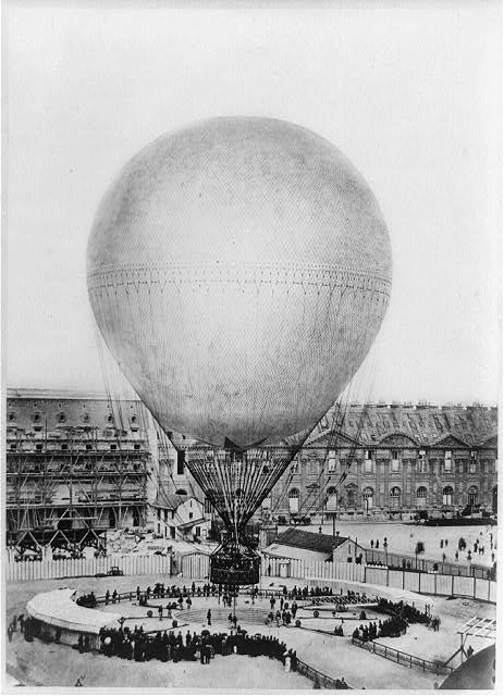 Mr. Henry Giffard's balloon at the Tuilleries
