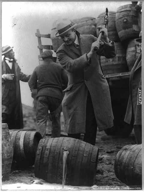 Putting a kick in the staid old Schuylkill here go a few barrels of beer -- not 1/2 of 1 percent -- into the Schuylkill River.