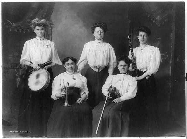 Imperial Ladies' Orchestra, Miss Lizzie A. Otto, directress Hoag Lake Theatre, Woonsocket, R. I.