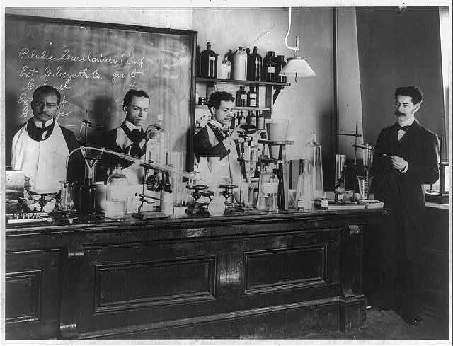 Pharmaceutical laboratory at Howard University, Washington, D.C., ca. 1900