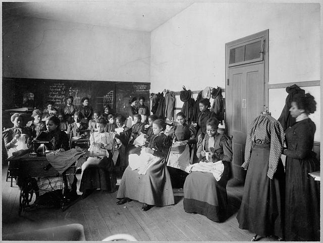 [Howard Univ., Washington, D.C., ca. 1900 - sewing class]