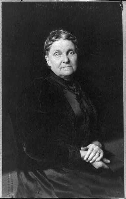 [Hetty Howland Robinson Green, 1835-1916, half-length portrait, seated]