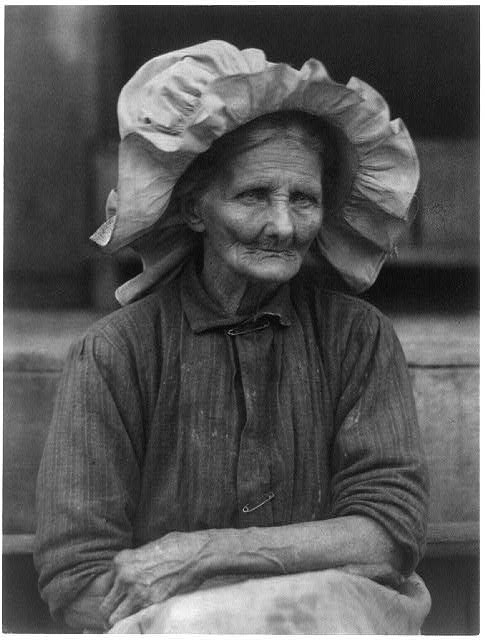 Old woman in sunbonnet, no. 2