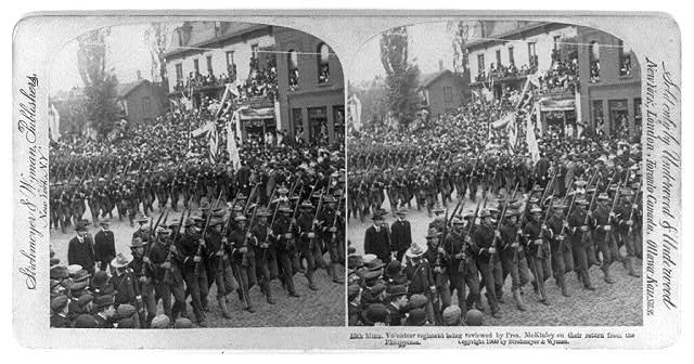 13th Minn. Volunteer regiment being reviewed by Pres. McKinley on their return from the Philippines