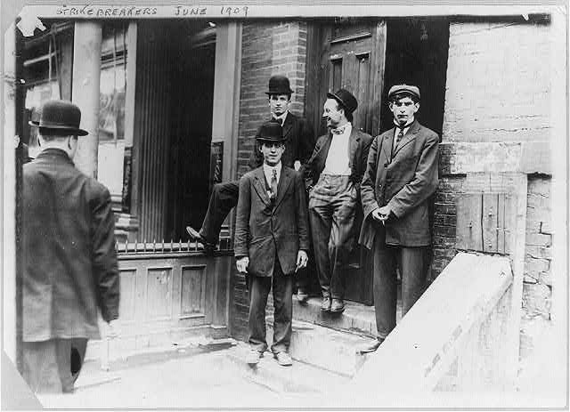 Strikes - Strikebreakers at headquarters E. 26th St., N.Y. June 1909