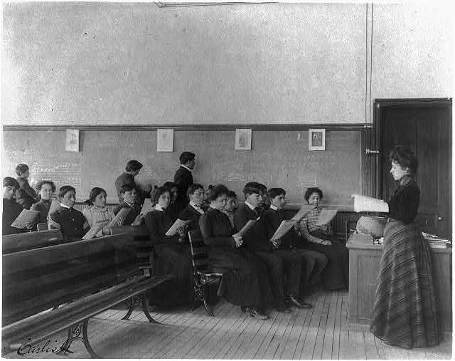 [Carlisle Indian School, Carlisle, Pa. Music class]