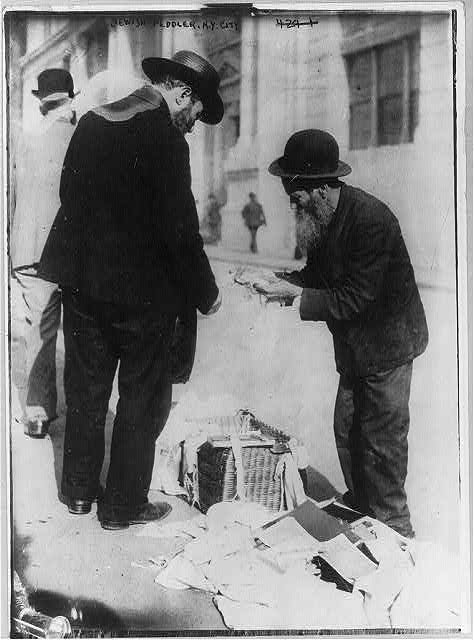 Jewish life - Jewish peddler, New York City