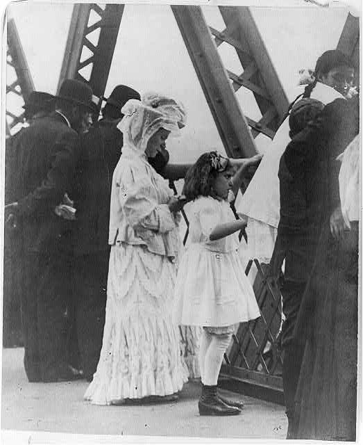Jews - New York City - praying on Brooklyn Bridge [i.e., Williamsburg Bridge], New Years Day