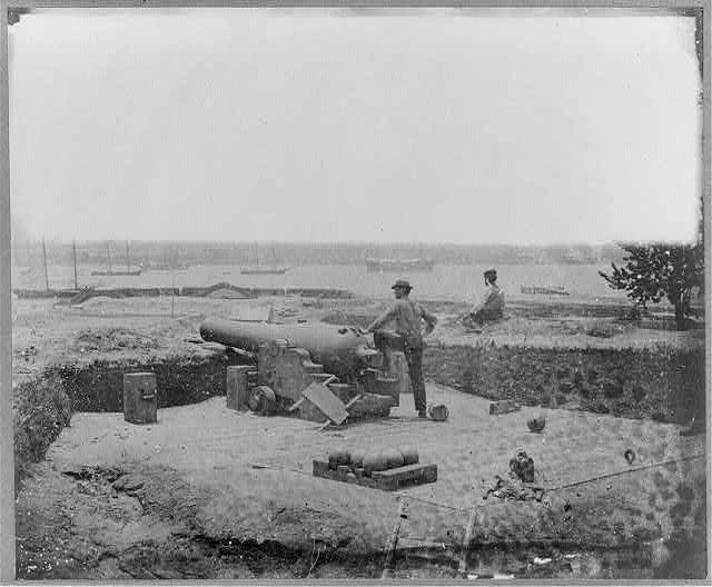 Confederate fortifications at Gloucester Point, Va., opposite Yorktown, Va.