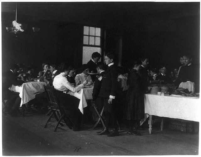 [Students having a meal, Western High School, Washington, D.C.]