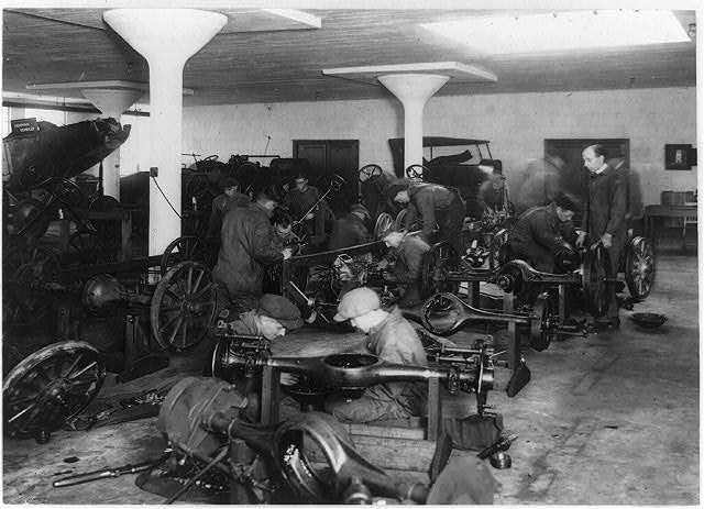 [Men assembling automobile parts at an auto school in Washington, D.C.]