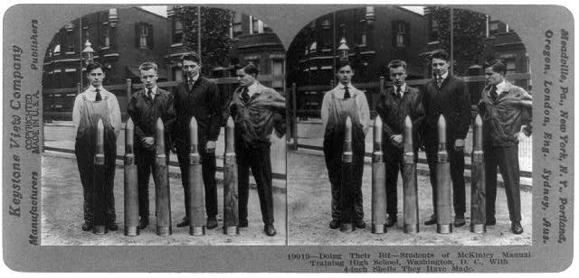 Doing their bit - students of McKinley Manual Training High School, Washington, D.C., with 4-inch shells they have made