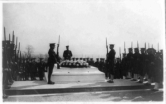 [Military funerals at Arlington National Cemetery--honor guard at the Tomb of the Unknown Soldier]