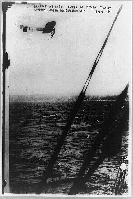 [Louis Blériot in his plane over the cliff of Dover, July 25, 1909]