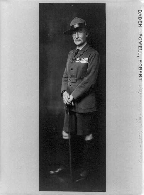 [Robert Stephenson Smyth Baden-Powell, full-length portrait, standing, facing left, in military uniform]