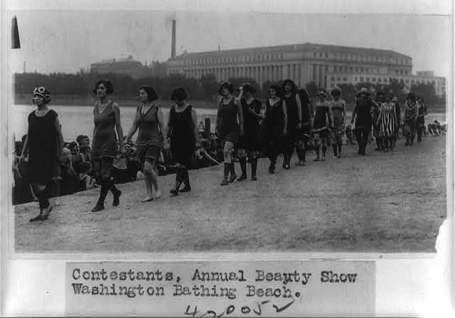 Contestants, annual beauty show, Washington Bathing Beach.