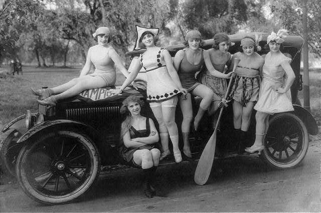 [Mack Sennett's bathing beauties posed on automobile, Washington, D.C., area]