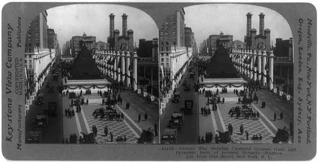 Victory Way showing captured German guns and pyramids built of German helmets - Madison Ave., from 45th Street, New York, N.Y.