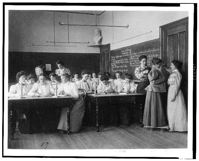 [Group of young women studying static electricity in normal school, Washington, D.C.]