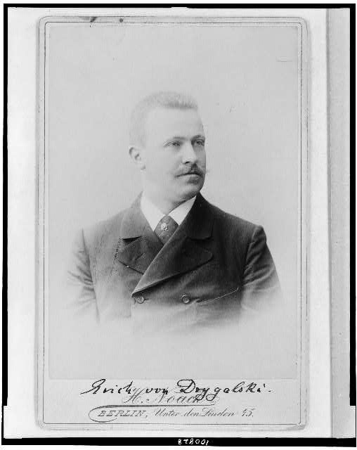 [Erich Dagobert von Drygalski, head-and-shoulders portrait, facing right]