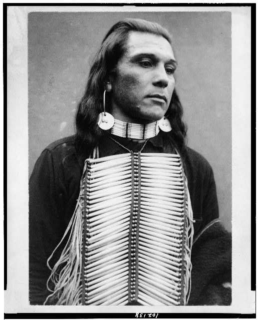 [Po-ca-tel-lo, Yakima or Umatilla Indian, from Oregon, half-length portrait, facing right, wearing breast plate]
