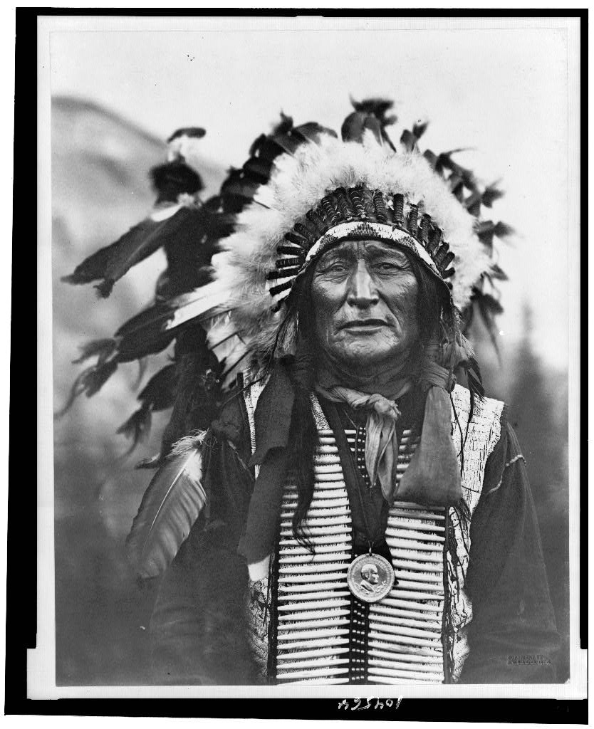 lakota-sioux-black-hills-sacred-land
