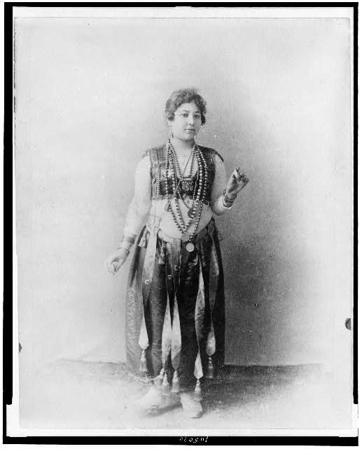 [Egyptian dancing girl, World's Columbian Exposition, Chicago, Illinois]