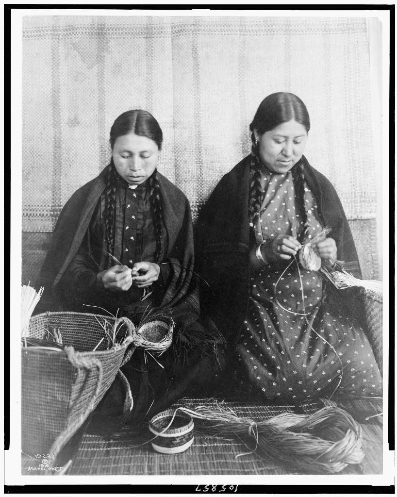 Asahel Curtis photograph of Makah weavers. c1910. Library of Congress