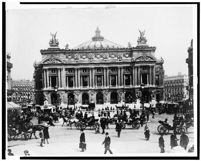 [Exterior of Paris Opera House]
